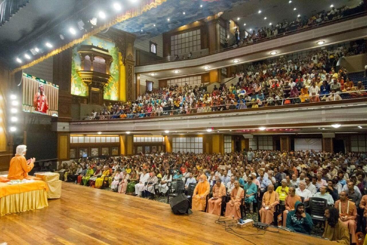 Brother Chidananda In Mumbai For Blog November 8 Opening Satsanga
