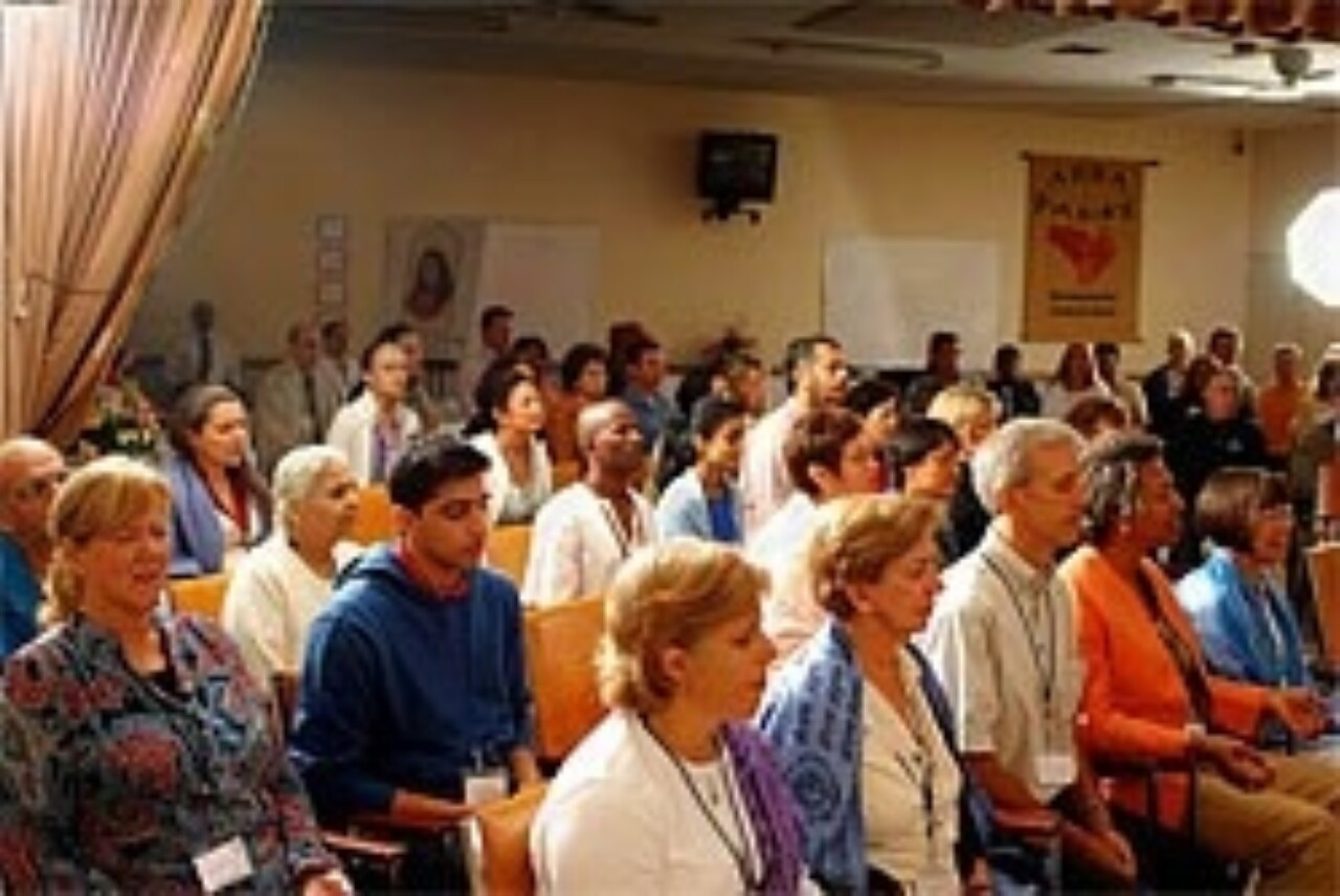 Worldwide Peace Healing Through Prayer Group Praying