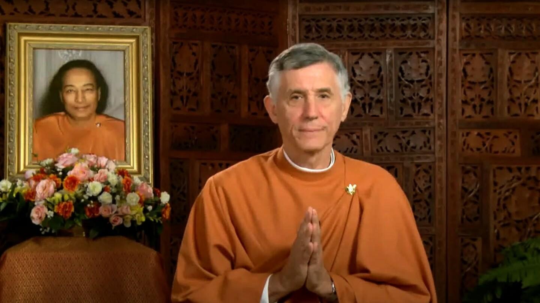 Evening Meditation Led By SRF Monastic Brother Vijayananda