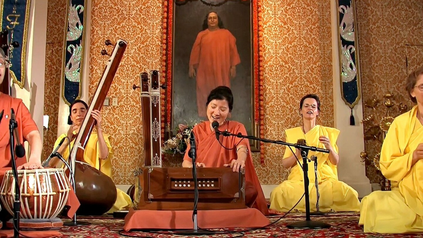 Three Hour Meditation With Kirtan Led By SRF Nuns Kirtan Group