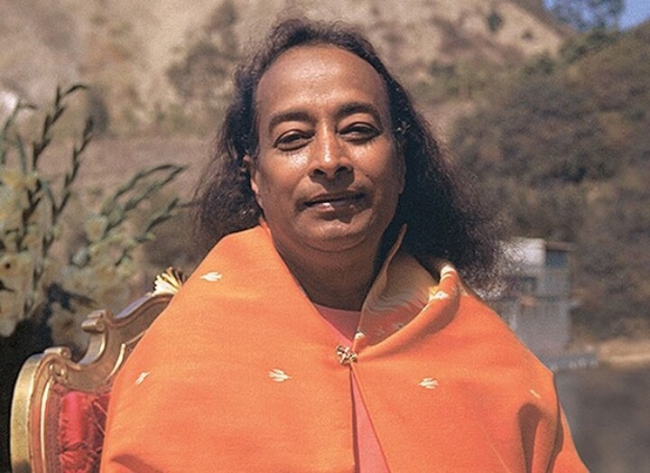 Paramahansa Yogananda At Lake Shrine 625X454